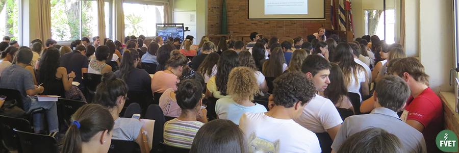 Ciclo de Conferencias para Egresados de Facultad de Veterinaria